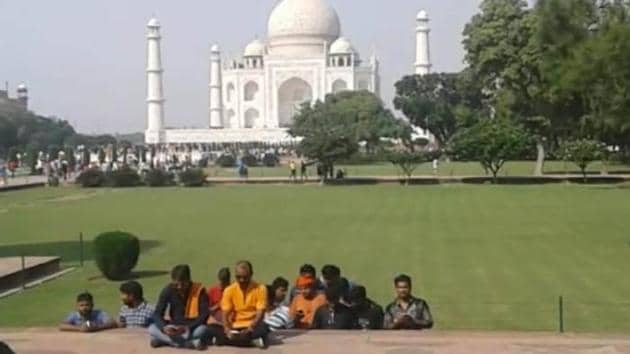 The youths claimed the Taj Mahal was originally a Shiva temple by the name Tejomalaya, which was demolished to build the monument.(HT PHOTO)