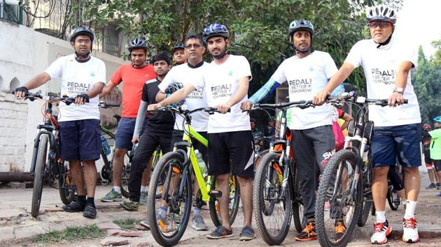 Aside from the health benefits that come with riding a bike, the adoption of cycling as a national habit can impact the country tremendously.(Saksham Pedal Delhi)