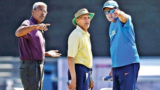 (File pic) Pandurang Salgaonkar (left), the sacked pitch curator of the Maharashtra Cricket Association (MCA) stadium in Pune, has been serving the cricket organisation in the state in various capacities.(PTI)