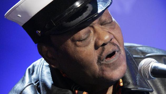 In this November 9, 2007 file photo, music legend Fats Domino performs on the NBC Today television show in New York.(AP)