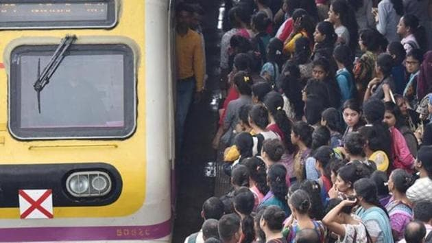 A 13-year-old girl jumped out of the train after a man boarded the compartment she was in at CSMT on Sunday. (PHOTO FOR REPRESENTATIONAL PURPOSE ONLY)(HT File)