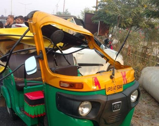 The auto in which the man was travelling.