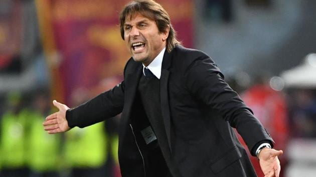Chelsea manager Antonio Conte said that their Premier League game against Manchester United will be quite close as both teams have their own share of problems. Both the teams have experienced a mixed share of results and a win can boost both of their title aspirations. (Video Courtesy: Perform)