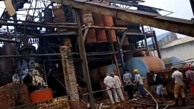 All the injured were the workers at the mill. Six are still critical due to severe burn injuries.(HT Photo)