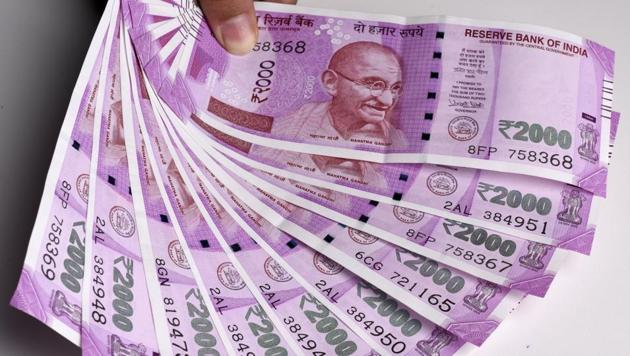 The new currency notes that were brought in last year after demonetisation had tighter security features.(Sonu Mehta/HT FILE)