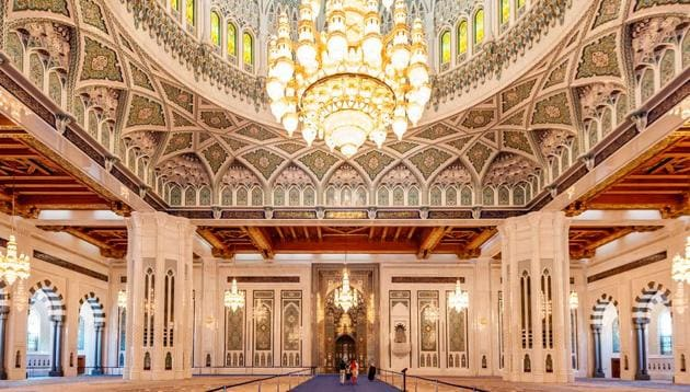 The Sultan Qaboos Grand Mosque is the main mosque in the Sultanate of Oman. It is in the capital city of Muscat.(Shutterstock)