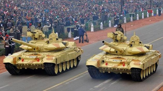 T-90 (Bhishma) army tanks during a dress rehearsal for the Republic Day Parade in New Delhi in January 2014.(Mohd Zakir/HT File Photo)