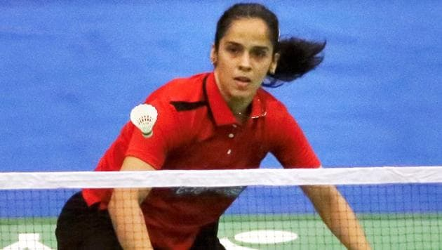 Top Indian badminton player Saina Nehwal has advanced to the second round of women's singles at the Hong Kong Open Superseries.(PTI)