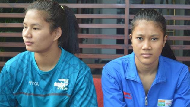 Ankushita Boro (left) and Vanlalhriatpuii, the two boxers from Northeast in the 10-member boxing contingent at the AIBA Women's World Youth Championships in Guwahati from November 19-26.(HT photo)