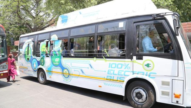 Chandigarh administrator VP Singh Badnore had green-signalled the project in November last year, and CTU started the process of introducing electric buses in the city under the Smart City plan.(HT File)