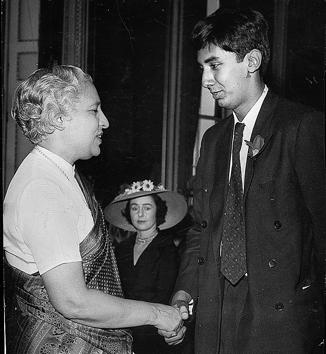 The inspiration: Vijaya Lakshmi Pandit, Indian High Commissioner in London, congratulating Dom Moraes(19) on 14 July, 1958 after he won the Hawthornden Prize for the Best Work of the Imagination, 1958.(HT FILE PHOTO)