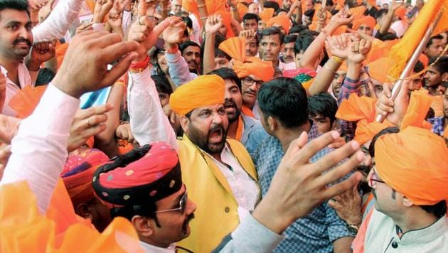 Akhil Bharatiya Maratha Mahasangh and Akhil Bharatiys Kshatriyahasangh members protest against Sanjay Leela Bansali's movie Padmavati at Azad Maidan , in Mumbai.(PTI Photo)