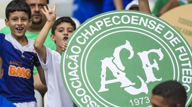 The Chapecoense football club played its first game with a new team earlier this year after most of their players died in a plane crash last year.(Twitter)