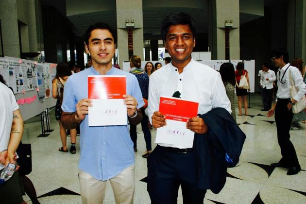 Krishit Arora (left) with Eshwar Agarwal have come up with a project, Anant Ujwala (infinite light), which will be presented at the World Bank Youth Summit at Washington in December .(Sourced)