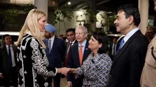 US consul general in Hyderabad Katherine B Hadda greets First daughter Ivanka Trump along with US ambassador Kenneth Juster after she arrives at the Rajiv Gandhi International airport in Hyderabad for the Global Entrepreneurship Summit on Tuesday.(HT Photo)