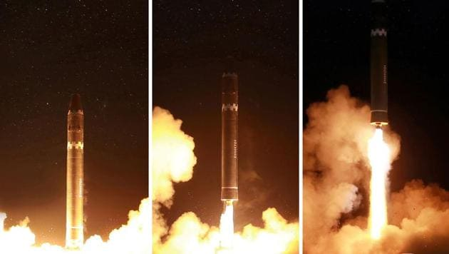 This photo taken on November 29, 2017 and released on November 30, 2017 by North Korea's official Korean Central News Agency (KCNA) shows launching of the Hwasong-15 missile which is capable of reaching all parts of the US.(AFP PHOTO/KCNA VIA KNS)