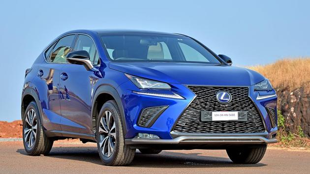 The NX300h looks unique and the exterior design is stunning from certain angles, although a bit disproportionate from others.