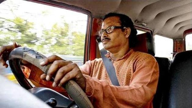 Kolkata-based driver Dipak Das hopes Kolkata will some day become a no honking city.(Courtesy - Dipak Das)