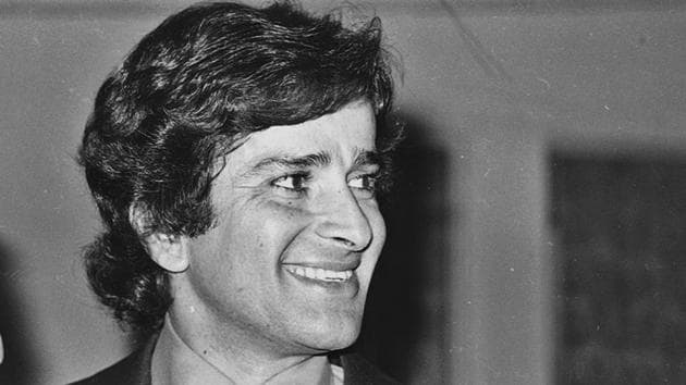 In 2011, Shashi Kapoor was honoured with the Padma Bhushan by the Government of India for his contributions to Art-Cinema.(HT Photo)