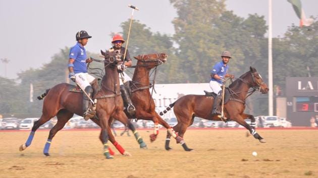 Amity Polo Cup played between Jindal Panther and Delhiites Polo was won by Jindal Panther by 5 goals to 3 ½.(HT photo)