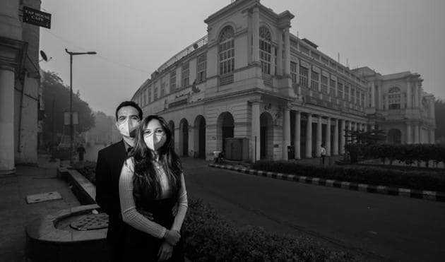 A pre-wedding shoot inspired by the rising pollution level in Delhi shows a couple wearing face masks.(Ashish Pareek)