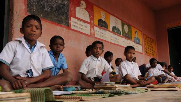 Over five million children study in government schools in Jharkhand and the majority come from villages and urban slums.(Parwaz Khan/HT File Photo)