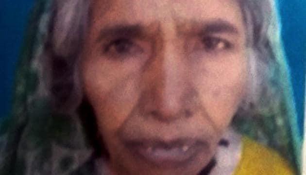 Etwariya Devi allegedly died of starvation at Sonpurwa village in Jharkhand's Garhwa district after her family was denied free ration for three months.(HT PHOTO)