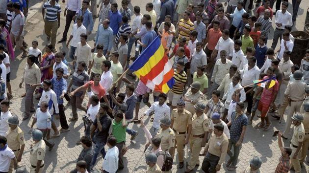 Dalits groups protest during the Maharashtra bandh called after Bhima Koregaon violence, in Mumbai.(PTI File Photo)