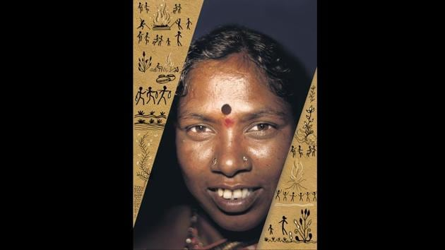 Tulsabai Sankhwad is the first woman sarpanch from the Masan Jogi community, the keepers of the funereal rites.(Anshuman Poyrekar/ HT Photo /Illustration)