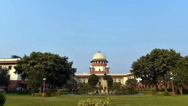 A view of the Supreme Court in New Delhi. India's top court has been rocked in the wake of four senior judges holding an unprecedented press conference against Chief Justice Dipak Misra.(PTI)
