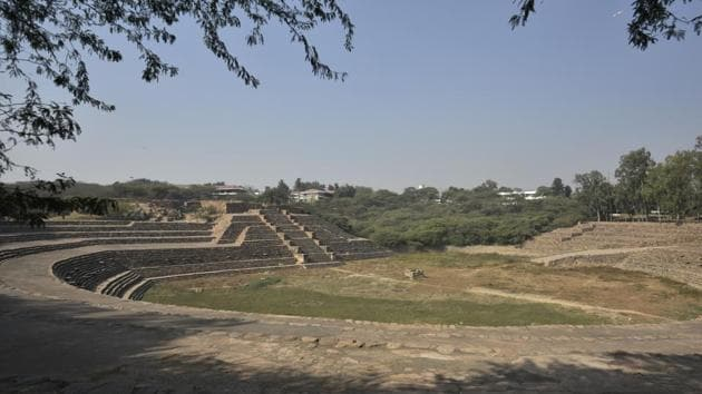 Surajkund is an ancient reservoir in Faridabad, Haryana, said to be built by King Surajpal of the Tomar dynasty.(HT Photo)