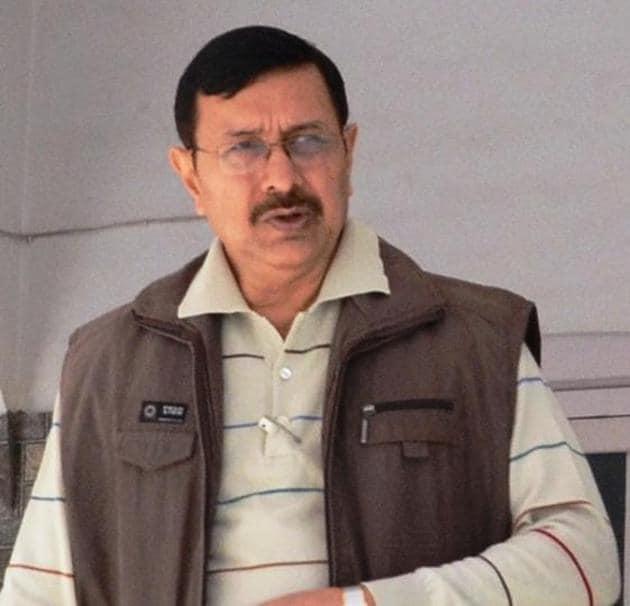 DM Raghvendra Vikram Singh.(HT Photo)