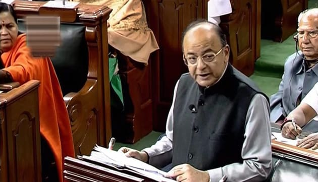 Union finance minister Arun Jaitley presents the Union Budget at Parliament, in New Delhi.(PTI)