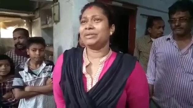 Rita Sarkar has alleged that her husband and his family would torture her regularly as their demand for Rs 2 lakh dowry was not met.(HT PHOTO)