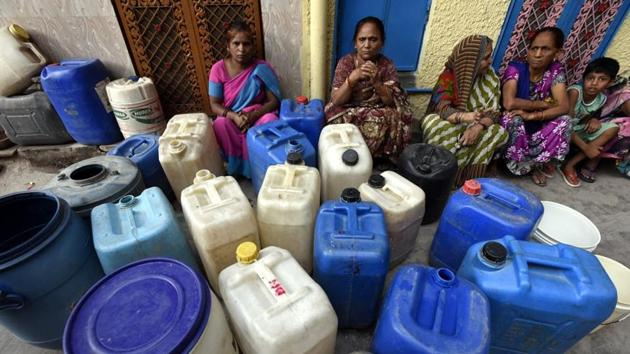 Water supply has been affected in all parts of the city except in east Delhi where water is sourced from the Upper Ganga Canal.(Sonu Mehta/HT FILE)