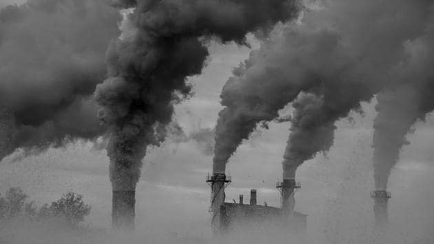 Exposure to air pollution, even imaginative, may lead to unethical behaviour such as crime and cheating.(Shutterstock)