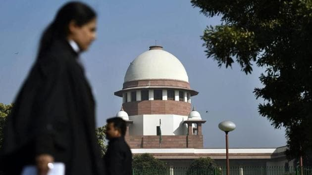 A view of the Supreme Court in New Delhi. The court has rejected the vehement submission by Sunni Waqf Board and others that the pleas in the Ayodhya dispute case be heard after the next general elections.(PTI)