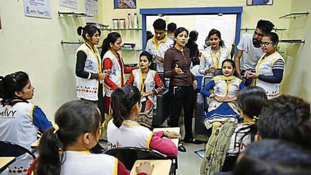 Students take participate in skill development training courses organised by Delhi Police in New Delhi in December 2017.(HT File Photo)