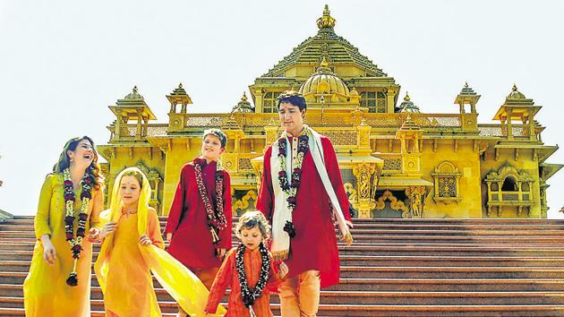 Canadian Prime Minister Justin Trudeau with his family members at the Swaminarayan Akshardham Temple in Gandhinagar on February 19, 2018.(PTI)