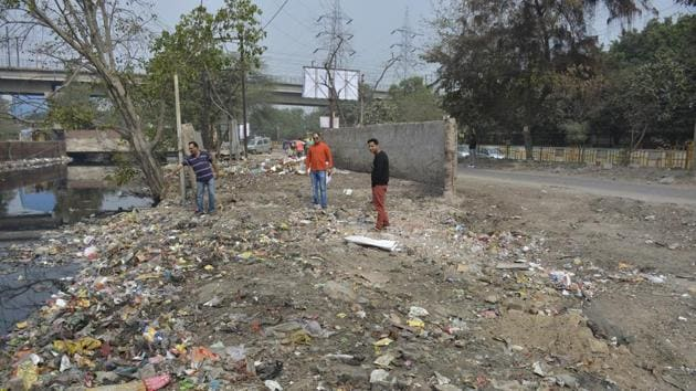 After the resident moved the NGT against the illegal dumping (below) in Sector 3, the activity has temporarily stopped.(Sakib Ali/HT Photo)