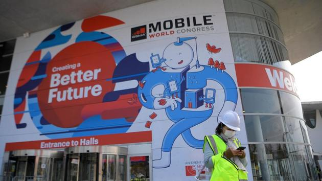 MWC 2018 to explore tech beyond phones: AI, IoT and 5G to be in spotlight