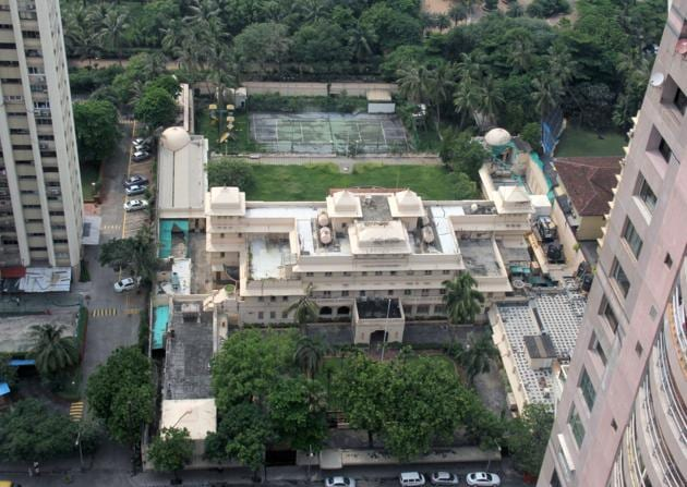 Cyrus Poonawalla bought the two-acre Lincoln House, constructed by the Maharajah of Wankaner in 1938 for ₹750 crore.(HT photo)