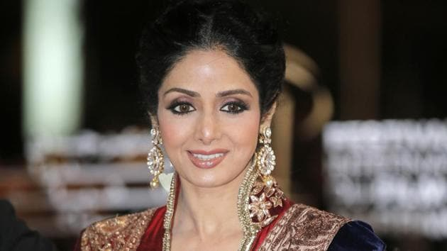 Dark black terrible moment: Sridevi dies of cardiac arrest, Bollywood mourns