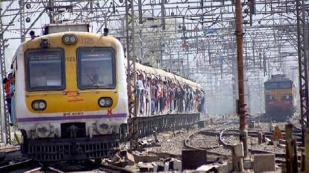 For more than 90 minutes, suburban trains on all four tracks on the main line operated only up to Dombivli station.(HT File Photo)