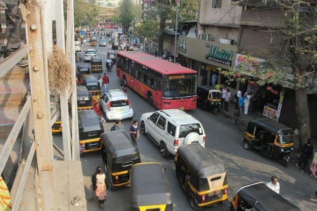 Illegally parked autos, and civic buses have made commuting nightmare on the east side on Thane station.(Praful Gangurde)