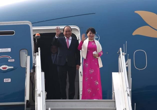 Prime Minister of Vietnam, Nguyen Xuan Phuc and his wife Tran Thi Nguyet Thu arrive for ASEAN summit, January 24(Arvind Yadav/HT PHOTO)