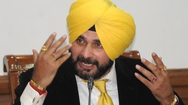 Local bodies minister Navjot Singh Sidhu(HT File)
