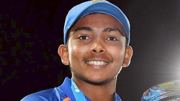 Cricketer Prithvi Shaw will be playing for Delhi Daredevils in IPL 2018.(PTI)