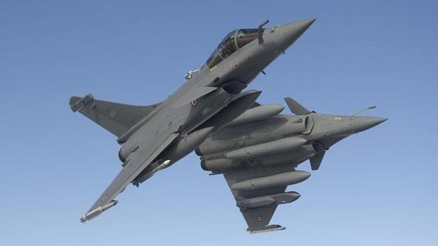 India floated a global tender for 126 planes more than a decade ago but it was cancelled after PM Narendra Modi declared in 2015 that India would directly buy 36 Rafale jets from France.(Dassault Aviation)