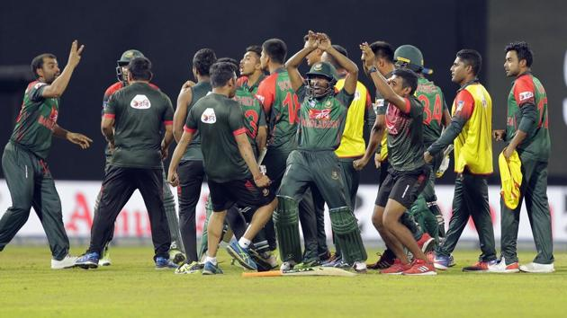 Bangladesh will meet India in Sunday's final of the Nidahas Trophy T20 tri-series after Mahmudullah blasted 43 not out off 18 balls to secure a thrilling two-wicket victory over Sri Lanka in an ill-tempered match on Friday.(AP)